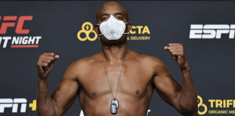 Anderson Silva UFC Vegas 12 weigh-in