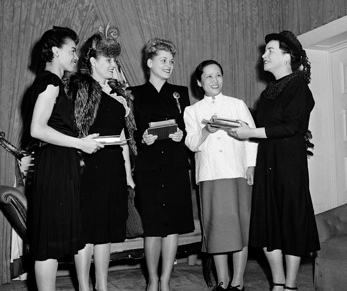 """Pauli Murray at a 1946 ceremony for a Mademoiselle magazine's """"Young Women of the Year."""""""