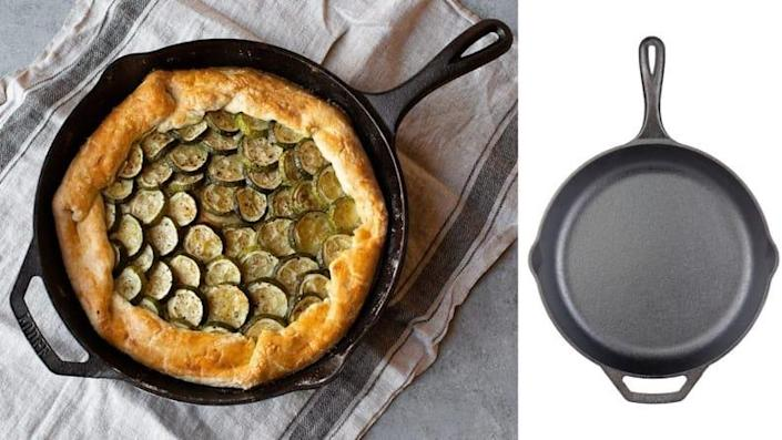Best college graduation gifts: Lodge Chef Collection Cast Iron Skillet