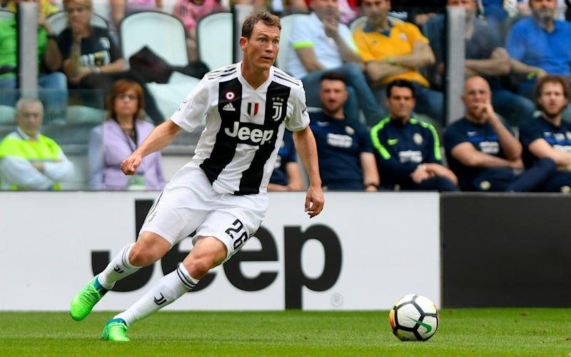 Unai Emery given increased Arsenal summer transfer budget - but first signing could be free agent Stephan Lichtsteiner