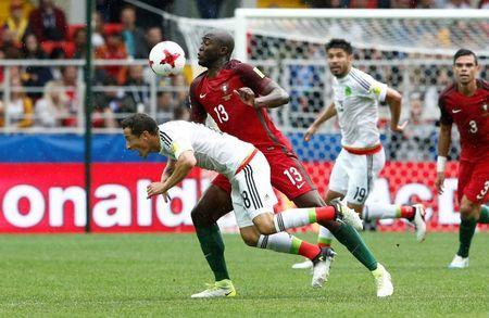 Soccer Football - Portugal v Mexico - FIFA Confederations Cup Russia 2017 - Third Placed Play Off - Spartak Stadium, Moscow, Russia - July 2, 2017 Portugal's Danilo Pereira in action with Mexico's Andres Guardado REUTERS/Sergei Karpukhin