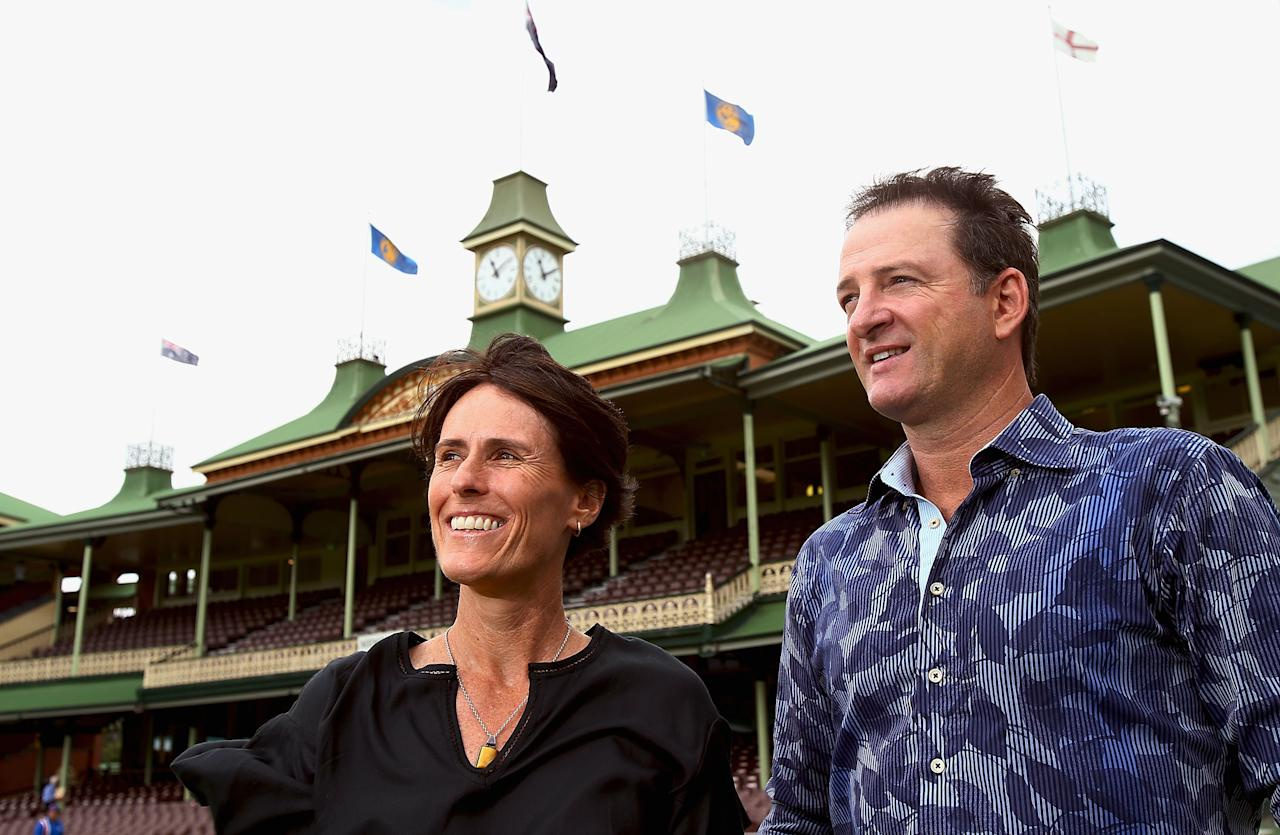 SYDNEY, AUSTRALIA - JANUARY 19:  Belinda Clark and Mark Waugh pose for photos during the 2014 Australian Cricket Hall of Fame Announcement at Sydney Cricket Ground on January 19, 2014 in Sydney, Australia.  (Photo by Mark Nolan/Getty Images)