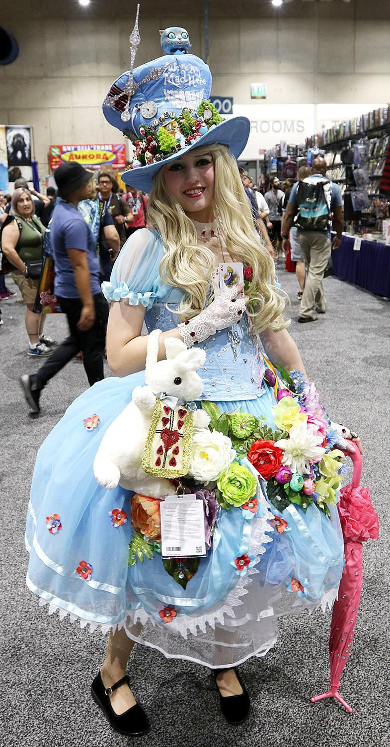 <p>Cosplayer dressed as Alice from <i>Alice in Wonderland</i> at Comic-Con International on July 21, 2018, in San Diego.(Photo: Angela Kim/Yahoo Entertainment) </p>