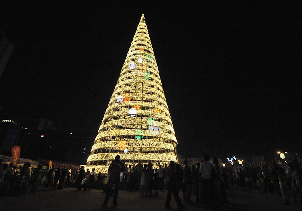 <p>Côte d'Ivoire's Abidjan is home to an annual festival of lights called Perle des Lumiéres. The gorgeous displays are lit on December 19 and stay on until mid-January. </p>