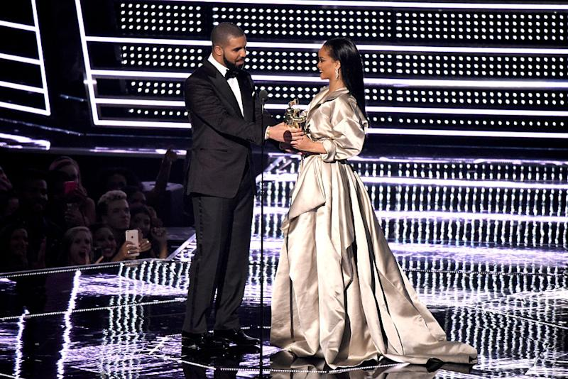 Apparently Drake Is Ready To Marry Rihanna And We Are So Ok With This