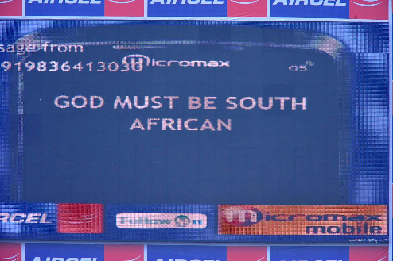 KOLKOTA, INDIA - FEBRUARY 17: A message is displayed on the scoreboard after play was stopped due to bad light during day four of the Second Test match between India and South Africa at Eden Gardens on February 17, 2010 in Kolkata, India. (Photo by Duif du Toit/Gallo Images/Getty Images)