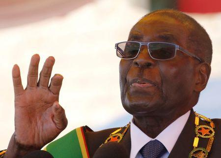 Mugabe Back in Zimbabwe After Overseas Absence, Health Fears