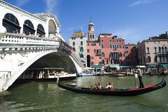 Tourist crushed to death during gondola ride in Venice