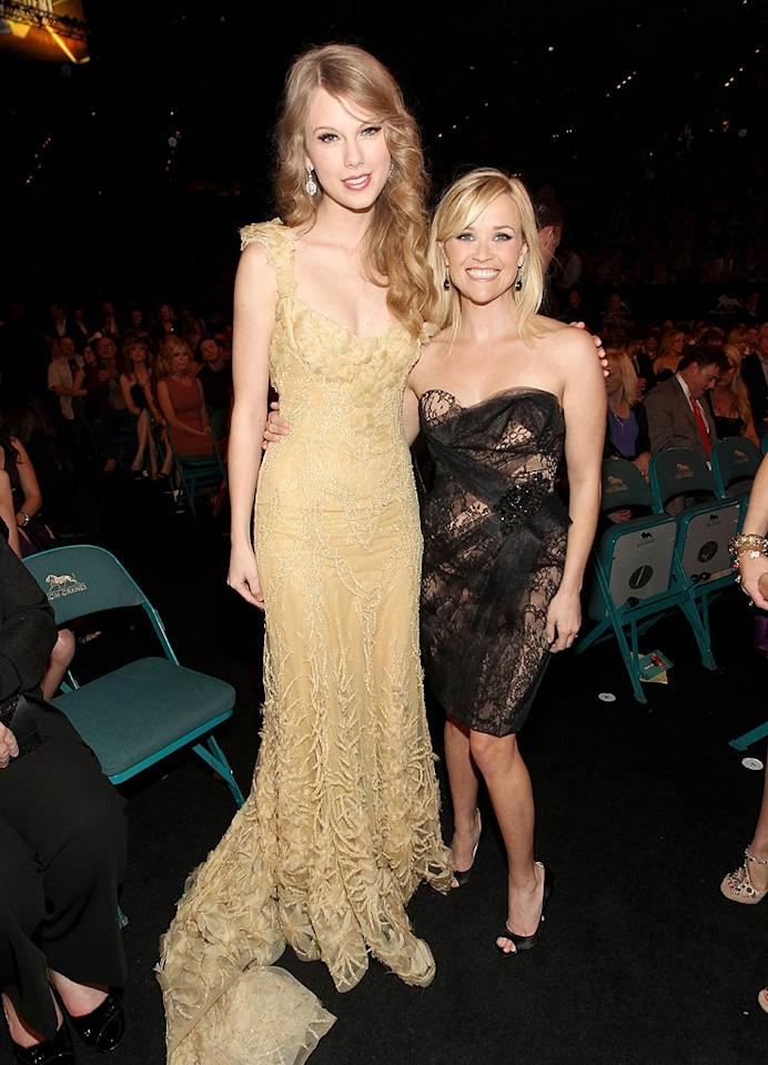 """Reese Witherspoon and Taylor Swift recently shared lunch together in L.A., and spent the entire meal trashing their mutual ex-boyfriend Jake Gyllenhaal, reveals <i>Us Weekly</i>. The mag reports that over lunch Witherspoon and Swift """"talked about how vain and self-absorbed Jake can be,"""" and even """"laughed about it."""" But there's so much more. For what else the two woman shockingly dished about Gyllenhaal, log on to <a href=""""http://www.gossipcop.com/reese-witherspoon-taylor-swift-lunch-trashing-insulting-jake-gyllenhaal-vain-self-absorbed/"""" target=""""new"""">Gossip Cop</a>. Christopher Polk/ACMA2011/<a href=""""http://www.gettyimages.com/"""" target=""""new"""">GettyImages.com</a> - April 3, 2011"""
