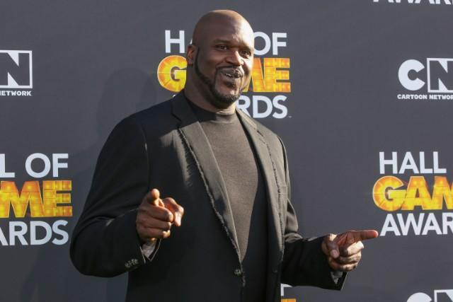 Shaquille O'Neal Drives From Coast To Coast And Thus Believes The Earth Is Flat