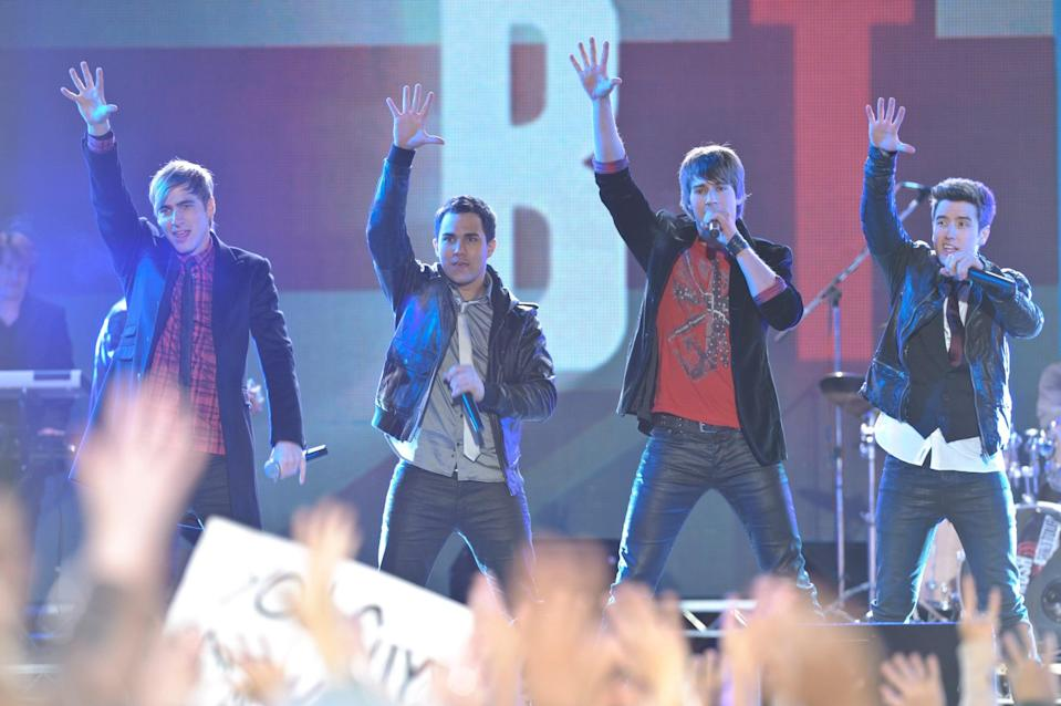 """<p><b>Paramount+'s Description:</b> """"Big Time Rush is off to London on their first world tour, but as soon as they arrive they're mixed up in a mission to save the world. With their bags switched at their airport, the boys are stuck with a fearsome device that could destroy the world.""""</p> <p><a href=""""https://www.paramountplus.com/movies/big-time-movie/y8BkjbCf3wilf9__wkRRQ0_ZtxcGc6Vp/"""" class=""""link rapid-noclick-resp"""" rel=""""nofollow noopener"""" target=""""_blank"""" data-ylk=""""slk:Watch Big Time Movie on Paramount+ here!"""">Watch <strong>Big Time Movie</strong> on Paramount+ here!</a></p>"""