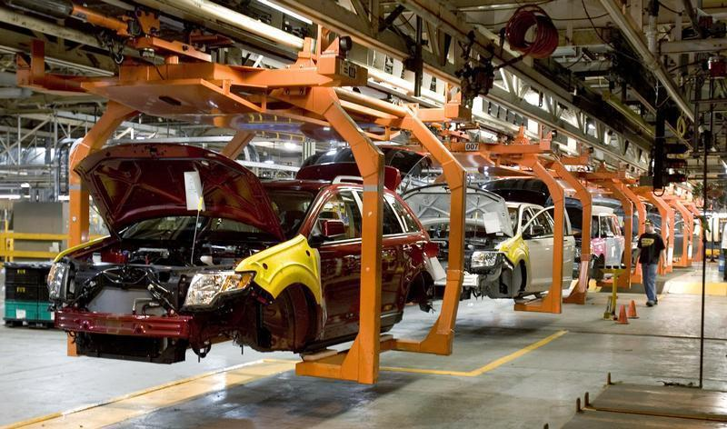 The new Ford Flex and the Ford Edge share this assembly line at the company's Oakville Plant