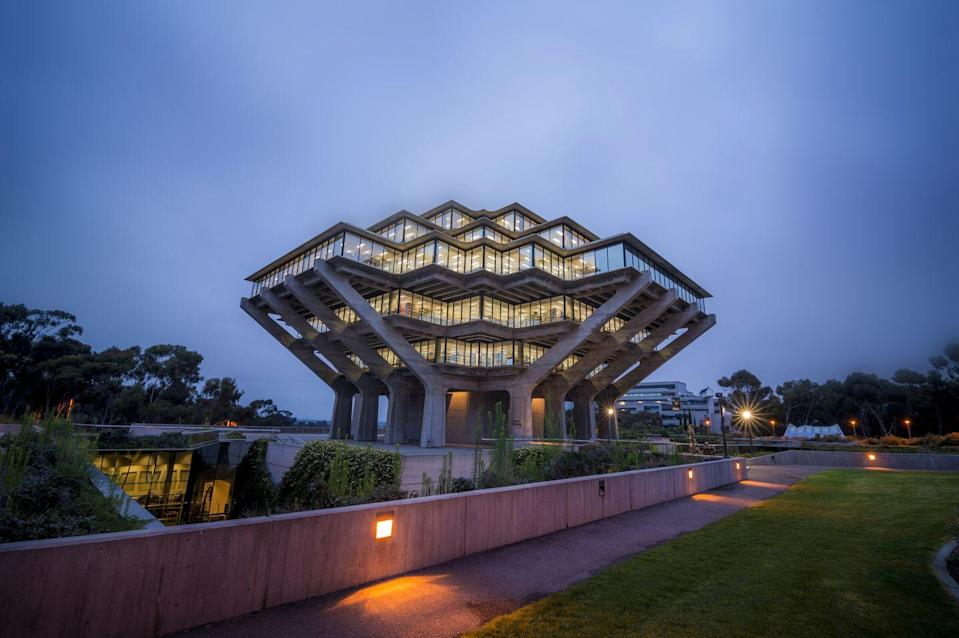 """<p>How can a trip to the library feel dull when the books are being held in a futuristic structure that almost appears to be floating? <a href=""""http://libraries.ucsd.edu"""" rel=""""nofollow noopener"""" target=""""_blank"""" data-ylk=""""slk:This building"""" class=""""link rapid-noclick-resp"""">This building</a>, named for Audrey Geisel and Theodor Seuss Geisel, or """"Dr. Seuss,"""" is just as imaginative as its namesake. </p>"""