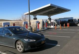Solar panels at Supercharger in Barstow, CA, during Tesla Model S road trip [photo: David Noland]