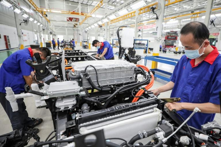China manufacturing data shows small rebound in September