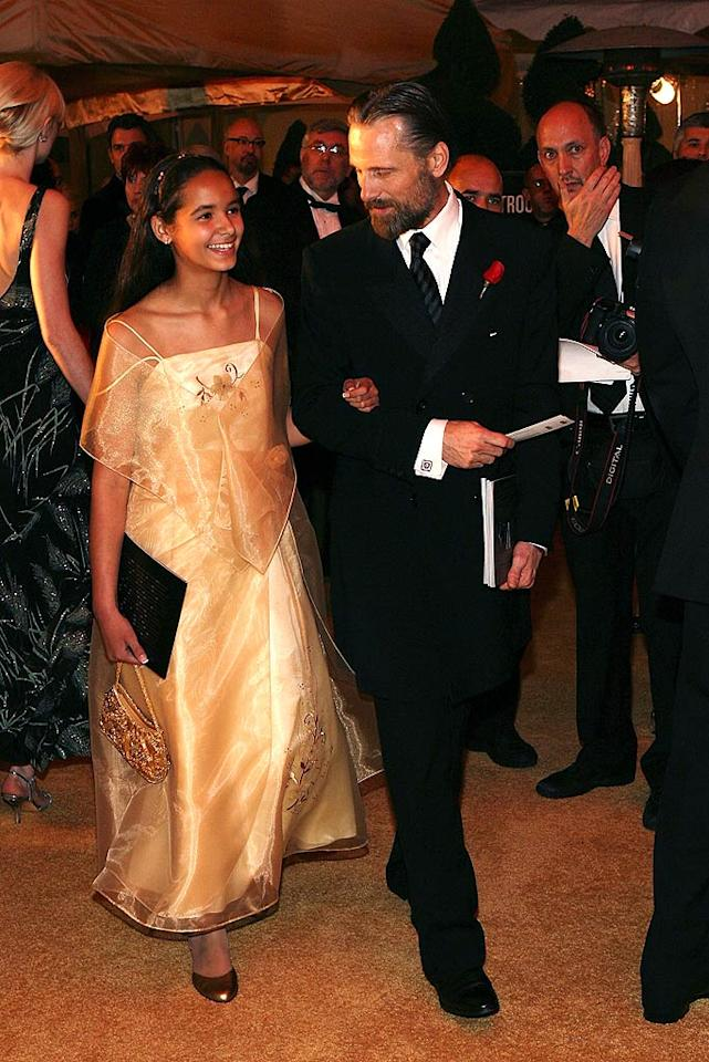 """Best Actor nominee Viggo Mortensen brought his adorable niece, Sydney, as his date to the Governor's Ball. Frazer Harrison/<a href=""""http://www.gettyimages.com/"""" target=""""new"""">GettyImages.com</a> - February 24, 2008"""