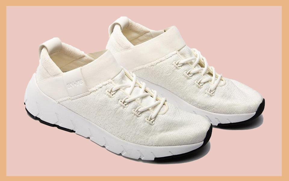 Momentum White and Grey Sneakers