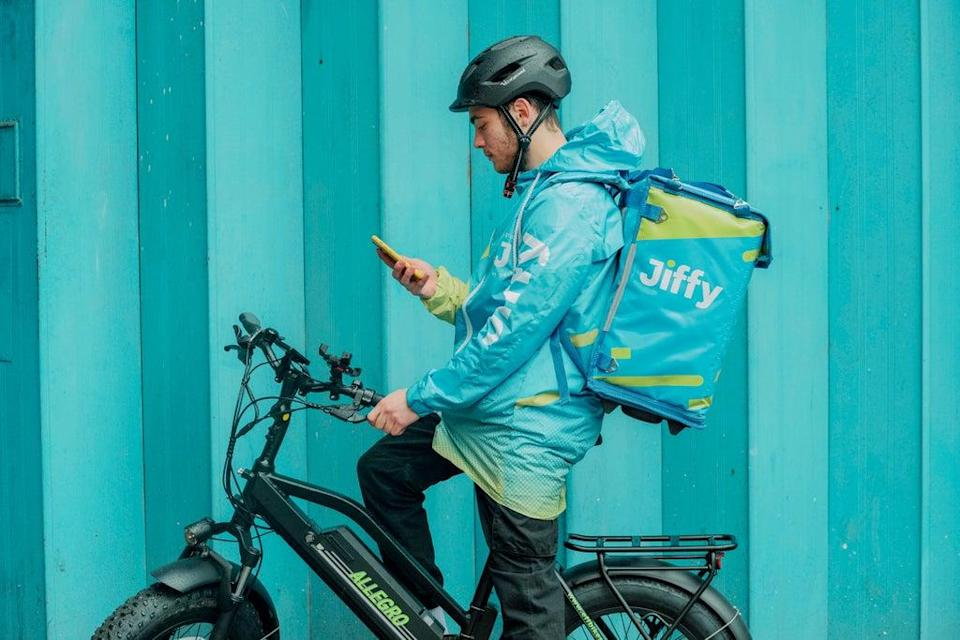 The startup aims to match retail prices and has raised a total of $35 million since launching in April  (Jiffy)