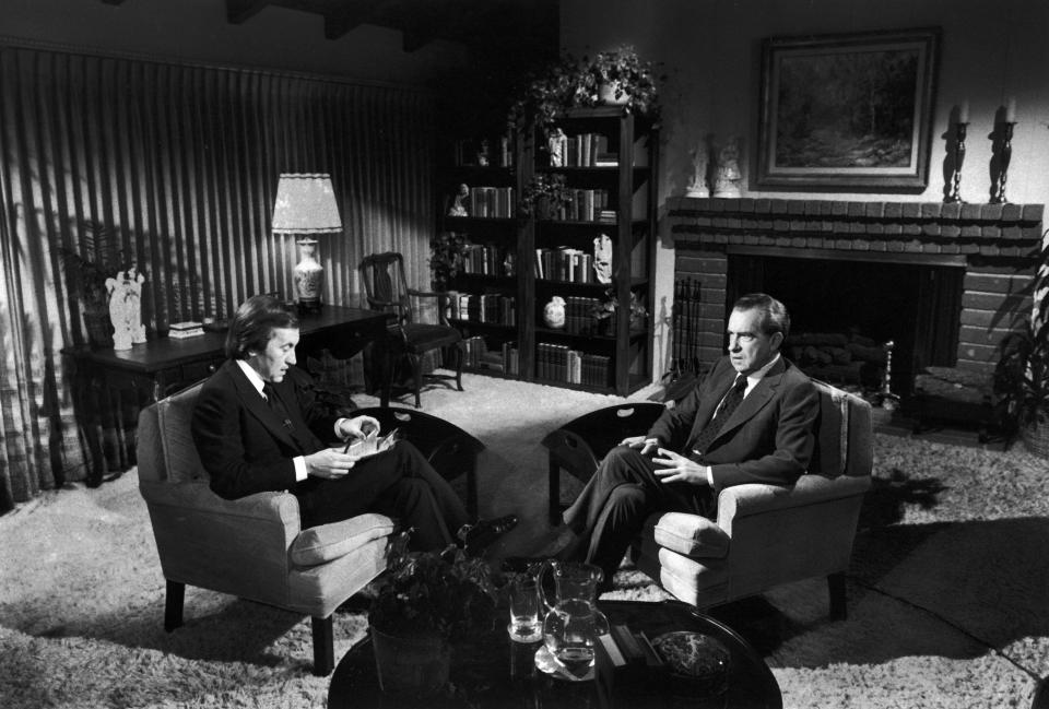 David Frost interviewing former Pres. Richard Nixon in rented house near Nixon's in San Clemente, CA.  (Photo by John Bryson/The LIFE Images Collection via Getty Images/Getty Images)