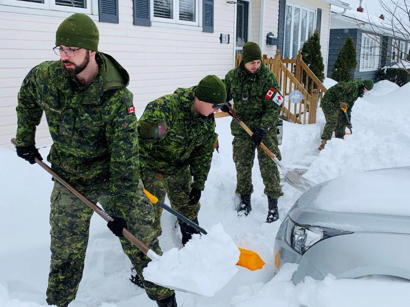 Canadian troops help Newfoundland residents dig out after record blizzard