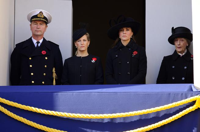 Kate Middleton Rewears Diane von Furstenberg Coat To Pay Tribute On Remembrance Sunday