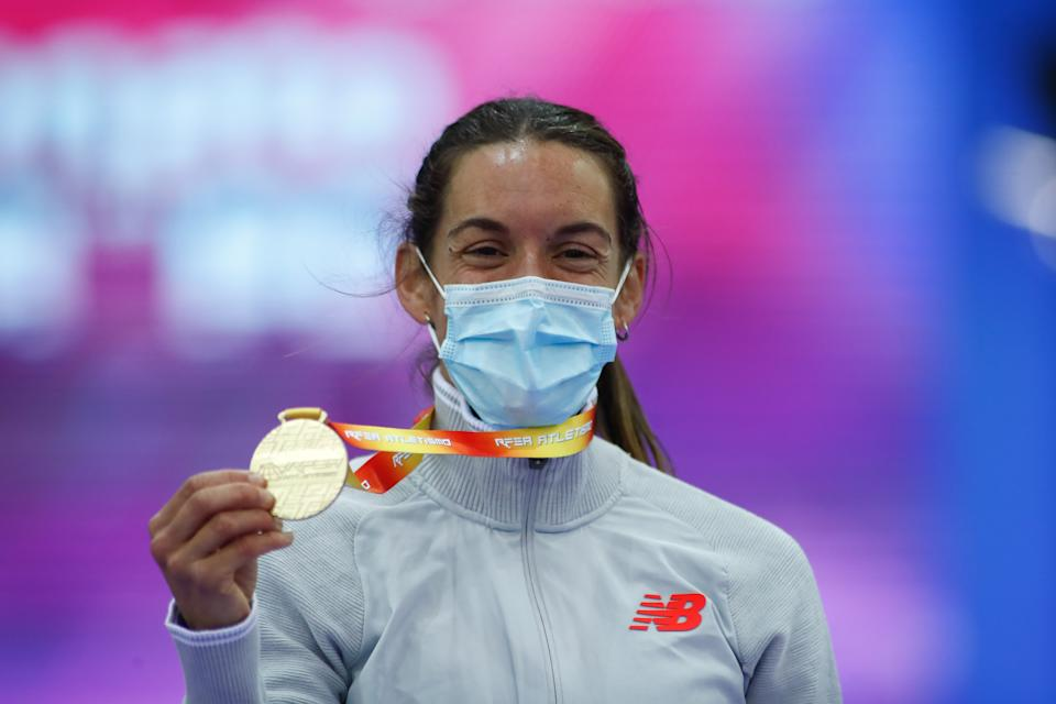 MADRID, SPAIN - FEBRUARY 21: Esther GUERRERO of New Balance Team (Gold) poses for podium photo at 1.500M Women Final during the spanish championship of Athletics celebrated at Gallur pavilion on February 21, 2021 in Madrid, Spain. (Photo by Oscar J. Barroso / Europa Press Sports via Getty Images)