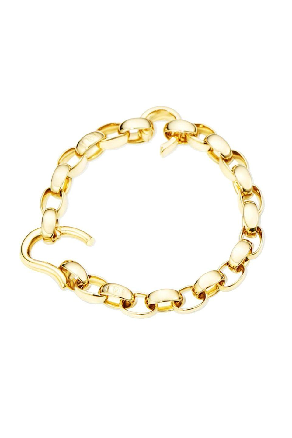 """<p><strong>Tamara Comolli</strong></p><p>neimanmarcus.com</p><p><strong>$8800.00</strong></p><p><a href=""""https://go.redirectingat.com?id=74968X1596630&url=https%3A%2F%2Fwww.neimanmarcus.com%2Fp%2Ftamara-comolli-drop-18k-yellow-gold-bracelet-prod228190232&sref=https%3A%2F%2Fwww.townandcountrymag.com%2Fstyle%2Fjewelry-and-watches%2Fg36465168%2Fbest-fine-jewelry-online%2F"""" rel=""""nofollow noopener"""" target=""""_blank"""" data-ylk=""""slk:Shop Now"""" class=""""link rapid-noclick-resp"""">Shop Now</a></p><p>The beauty of Tamara Comolli's handmade gold bracelet is that it can be worn alone as an elegant everyday piece, or turned into a charm bracelet by clipping on the brand's colorful Mikado Bouquet pendants.</p>"""