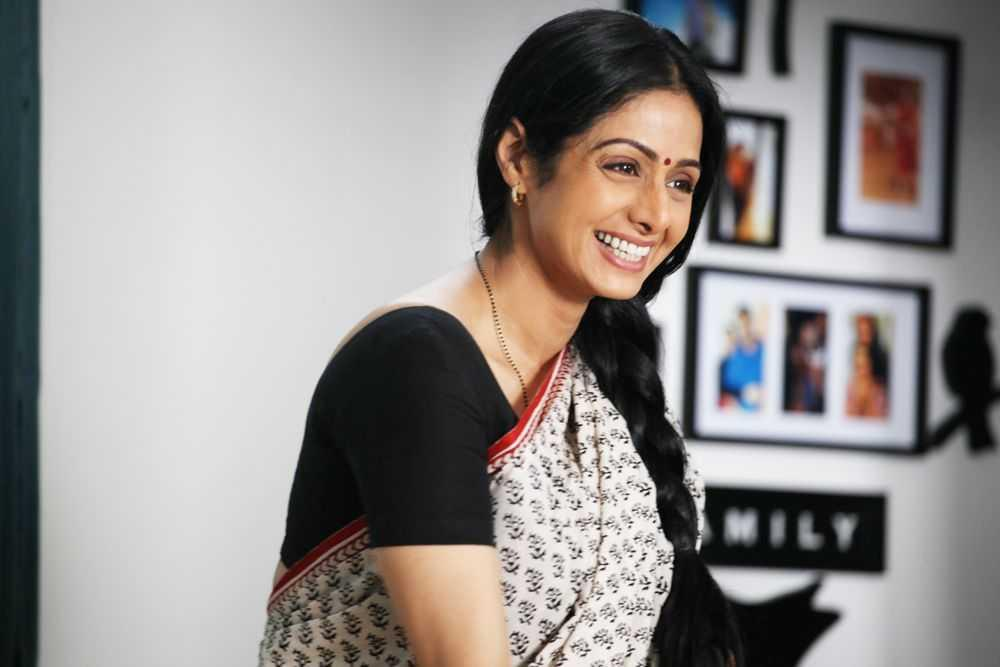 Sridevi came out of a nearly 15-year-long hiatus to deliver a winner. This was a departure from her syrupy roles in '80s and '90s masala films. The erstwhile superstar's acting chops are revealed to young audiences for the first time, as she plays Shashi -- a soft spoken, unassertive housewife trying to discover herself in a foreign land. This heartwarming, underdog's tale takes us through Shashi's travails with the English language, and how she overcomes her challenges.