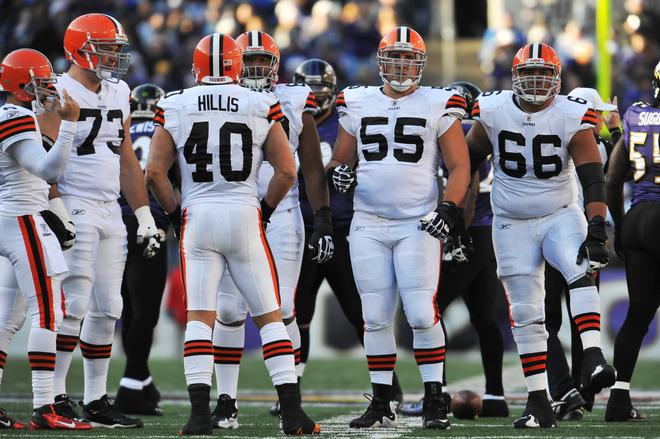 Alex Mack #55 Of The Cleveland Browns Offense Huddles Getty Images
