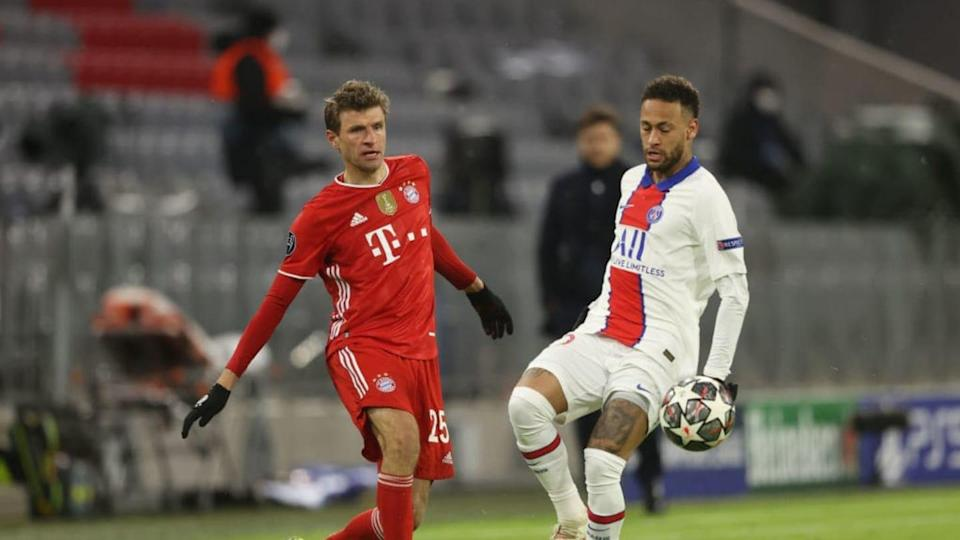 Neymar in azione contro Thomas Müller | Alexander Hassenstein/Getty Images