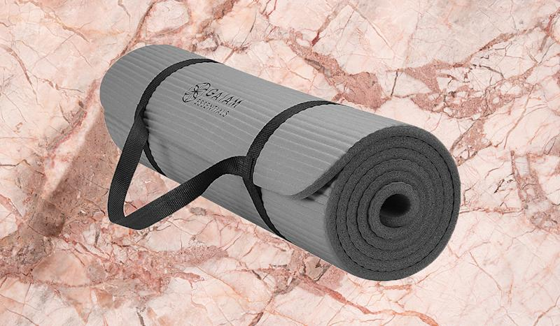 The extra cushioning is perfect for aching feet, knees and elbows. (Photo: Amazon)