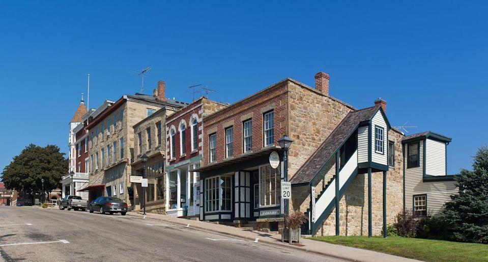 """<p><a href=""""http://mineralpoint.com/"""" rel=""""nofollow noopener"""" target=""""_blank"""" data-ylk=""""slk:Mineral Point"""" class=""""link rapid-noclick-resp"""">Mineral Point</a> is the third oldest city in the state, with well-preserved buildings that make you feel as if you're back in time. You'll find antiques shops and other creative businesses downtown. Restaurants also often pay homage to the Cornish founders of the town with pasties and <a href=""""http://www.foodsofengland.co.uk/figgiehobbinorfiggyhobbin.htm"""" rel=""""nofollow noopener"""" target=""""_blank"""" data-ylk=""""slk:figgyhobbin"""" class=""""link rapid-noclick-resp"""">figgyhobbin</a>. </p>"""