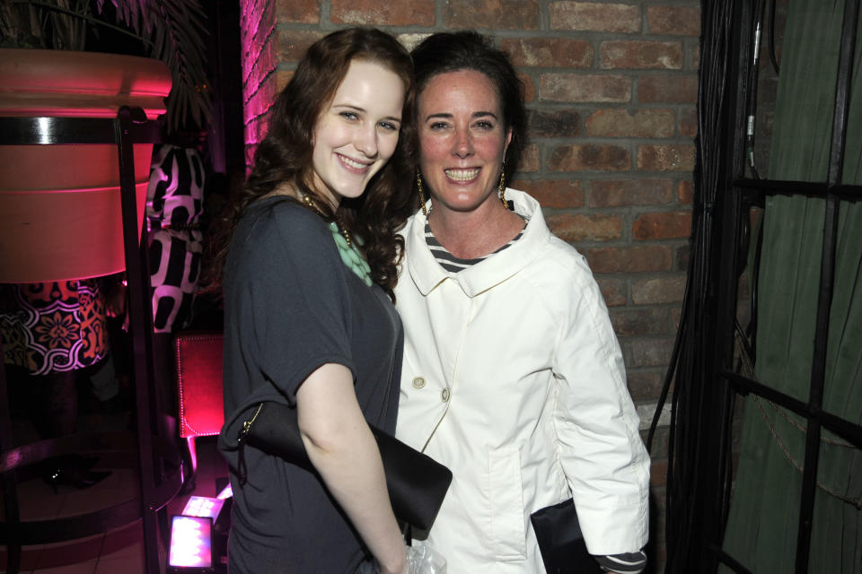Rachel Brosnahan and her aunt Kate Spade, who died in 2018, depicted in 2010. (Photo: JOE SCHILDHORN/Patrick McMullan via Getty Images)