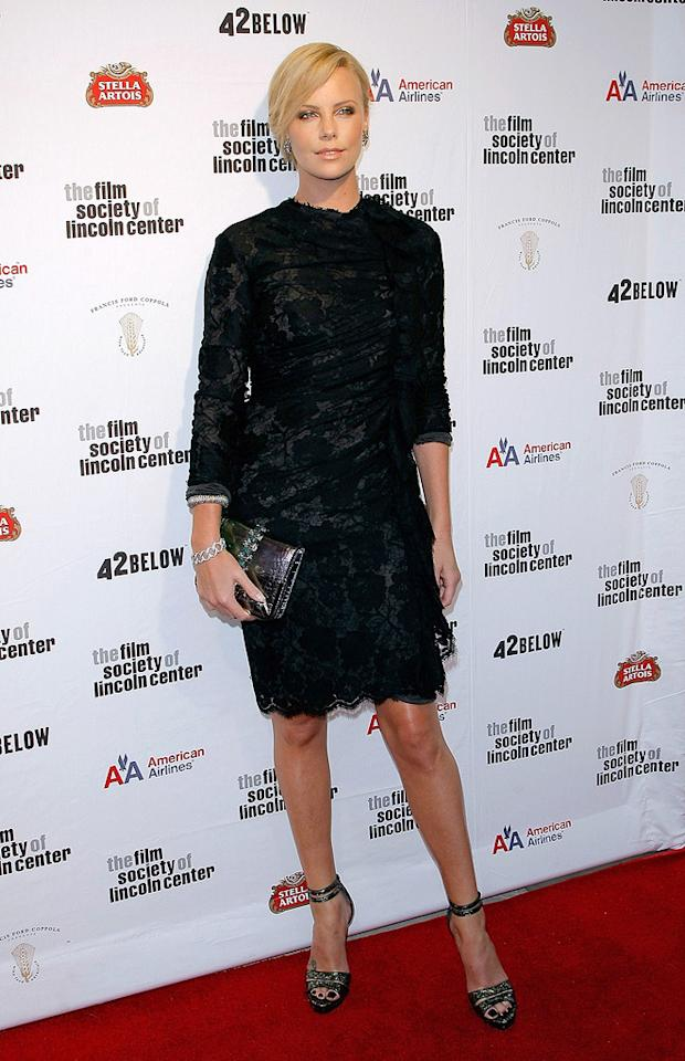 "<a href=""http://movies.yahoo.com/movie/contributor/1800019484"">Charlize Theron</a> at the 36th Film Society Of Lincoln Center's Gala tribute honoring Tom Hanks - 04/27/2009"