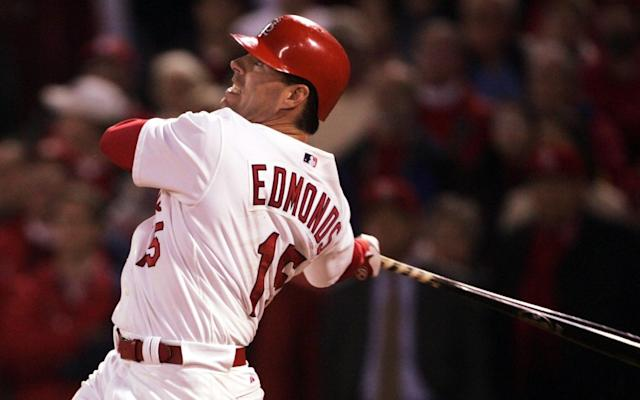 "Jim Edmonds with the St. Louis Cardinals in 2004. <span class=""copyright"">(Stephen Dunn / Getty Images)</span>"