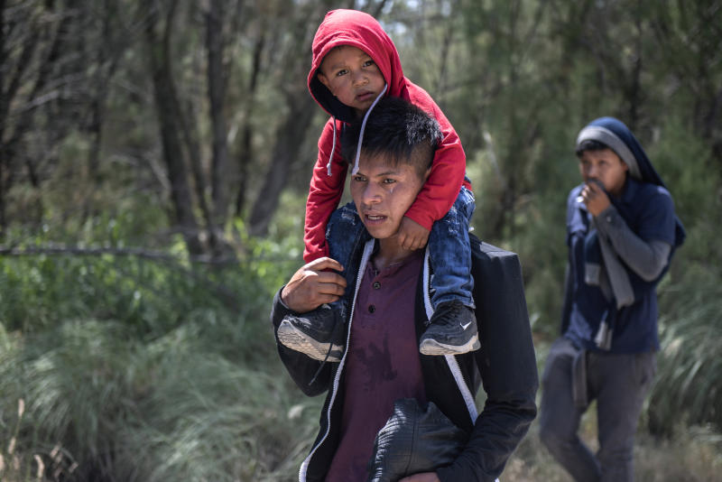 Young illegal immigrants for Honduras and Guatemala