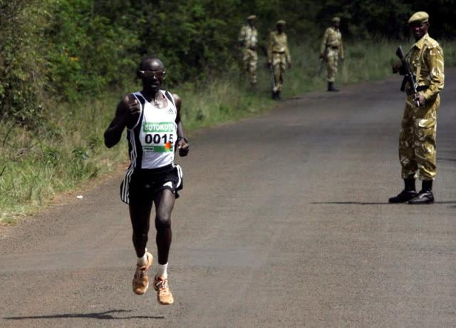 FILE PHOTO: Kenya's David Tarus sprints to victory in the inaugural Sotokoto Safari Half Marathon at Nairobi National Park.