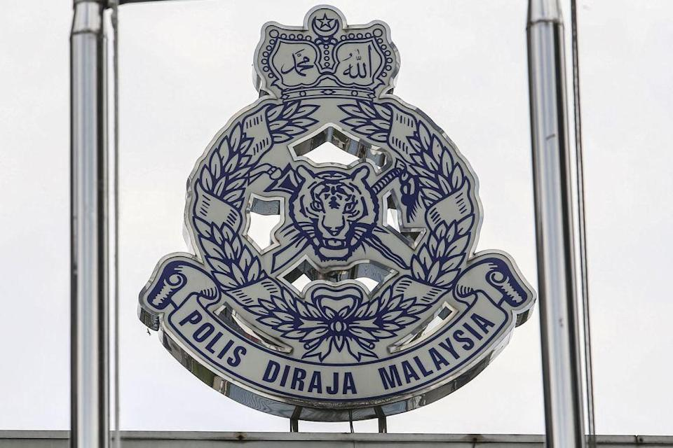 Seri Alam police chief Superintendent Mohd Sohaimi Ishak said the man was found dead at his rented house in Taman Scientex after authorities received a distress call. ― Picture by Hari Anggara
