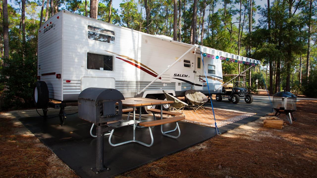 "<p>For families with RVs, there's hook-up campsites available that also have room for one tent. While these sites are slightly more expensive, starting at $85 a night, it's still cheaper than a resort hotel and you can cook a lot of your meals in your RV to save even more money. During the <a href=""https://www.popsugar.com/family/Guide-Disney-World-Halloween-Party-Families-2019-46464769"" target=""_blank"" class=""ga-track"" data-ga-category=""Related"" data-ga-label=""http://www.popsugar.com/family/Guide-Disney-World-Halloween-Party-Families-2019-46464769"" data-ga-action=""In-Line Links"">Halloween</a> and Christmas seasons, many RVs and campsites get decorated to celebrate the holidays.</p>"