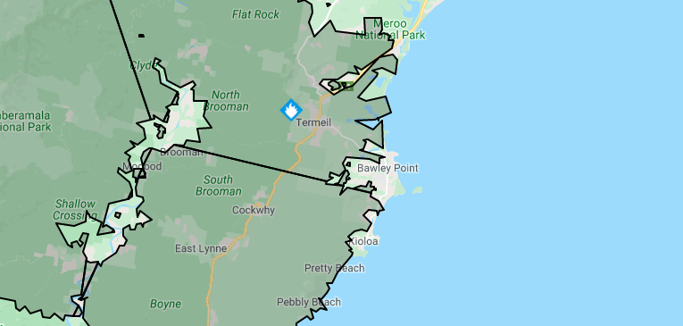 Currowan Fire surrounded Bawley Point, trapping residents and making the ocean the only way in or out. Source: Rural Fire Service.