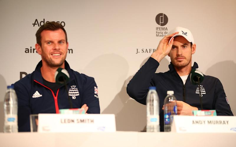 Great Britain's captain Leon Smith sits alongside Andy Murray - Getty Images Europe