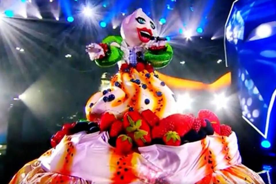 The Masked Singer Australia 2021 contestant Pavlova performs on stage. Photo: Channel 10.