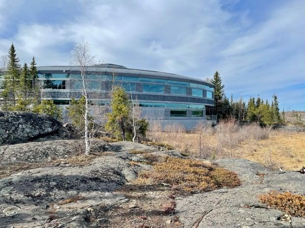 The N.W.T. cabinet is beginning to develop a mandatory vaccination policy for public sector employees in the Northwest Territories. (Sara Minogue/CBC - image credit)