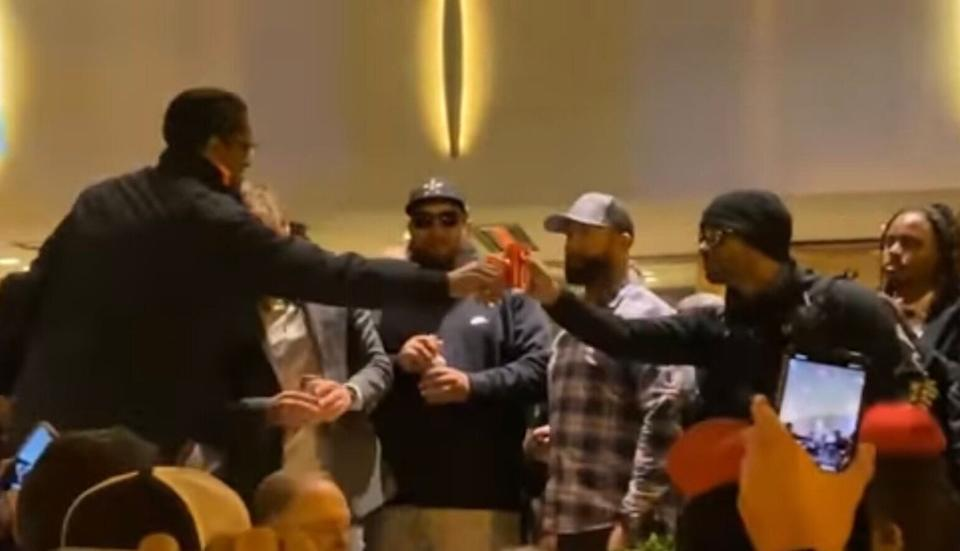 "Ali Alexander and Proud Boys leader Enrique Tarrio toast in November 2020, after a Stop the Steal rally in Washington. (Photo: <a href=""https://www.cjtv.live/"" target=""_blank"">CJ Halliburton</a>)"