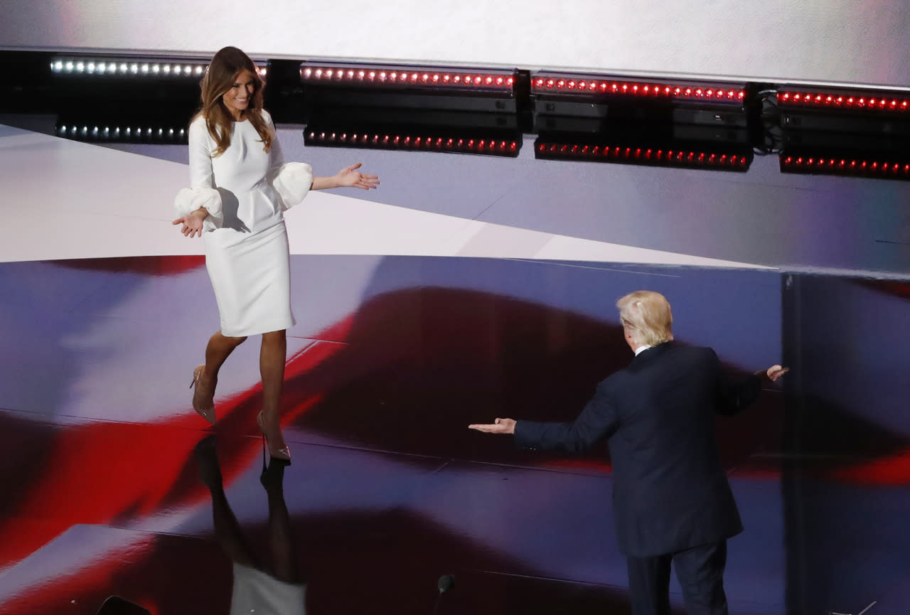 <p>Republican presidential candidate Donald Trump welcomes his wife Melania before she speaks at the Republican National Convention in Cleveland, Ohio on July 18, 2016. (Photo: Aaron P. Bernstein/Reuters)</p>