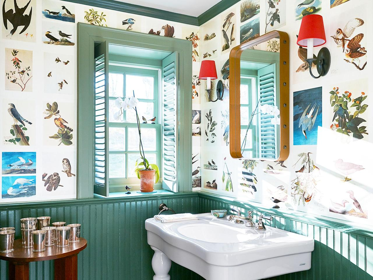 18 Best Paint Colors to Make Small Bathrooms Feel Bigger