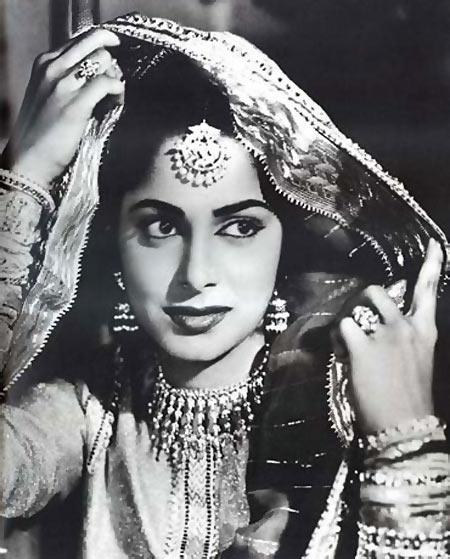"<p>Waheeda Rehman is the kind of beauty Bollywood has never seen before her, and has not found since. With looks so classic, she is timeless and was beyond the flight of anyone's imagination in ""Chaudhvin Ka Chand"" and couldn't be slighted by the black-and-white filming either. M. Sadiq's direction and Nariman A. Irani's cinematography added the <em>char chaand</em> on the actress's beauty in the 1960s movie. </p>"