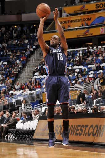 ORLANDO, FL - JANUARY 18: Kemba Walker #15 of the Charlotte Bobcats shoots the ball against the Orlando Magic on January 18, 2013 at Amway Center in Orlando, Florida. (Photo by Fernando Medina/NBAE via Getty Images)