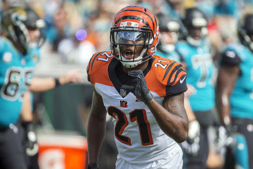 FILE - In this Nov. 5, 2017, file photo, Cincinnati Bengals cornerback Darqueze Dennard (21) calls a formation to the defensive backs during the first half of an NFL football game against the Jacksonville Jaguars in Jacksonville, Fla. The Jacksonville Jaguars and Dennard have parted ways nine days after agreeing to a three-year, $13.5 million contract in free agency. The Jaguars said Thursday, March 26, 2020, the two sides could not come to an agreement on the final contract terms. (AP Photo/Stephen B. Morton, File)