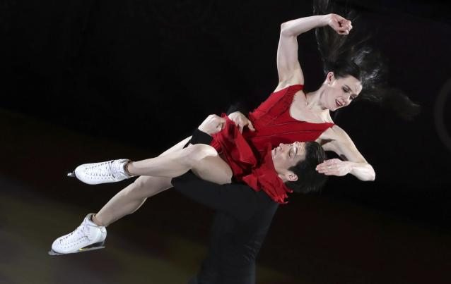 Figure Skating - Pyeongchang 2018 Winter Olympics - Gala Exhibition - Gangneung Ice Arena - Gangneung, South Korea - February 25, 2018 - Tessa Virtue and Scott Moir of Canada perform. REUTERS/Lucy Nicholson